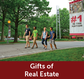 Rollover image of students walking on campus. Link to Gifts of Real Estate.